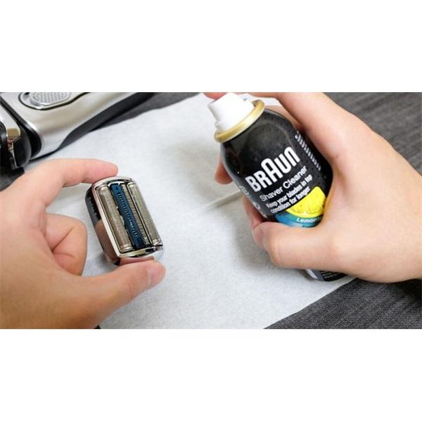 Tulajdonságok:<br/><br/>Tisztítóspray Braun Series borotvákhoz.<br/> - 3